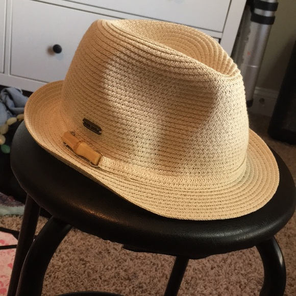 627b5a499b7 Accessories - ❤️5  25 Ron Jon Surf Straw hat Fedora